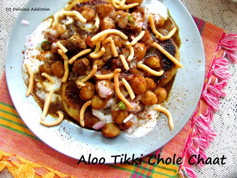 Aloo Tikki Chole Chaat (Potato Patties with Spicy Chick Pea Curry)