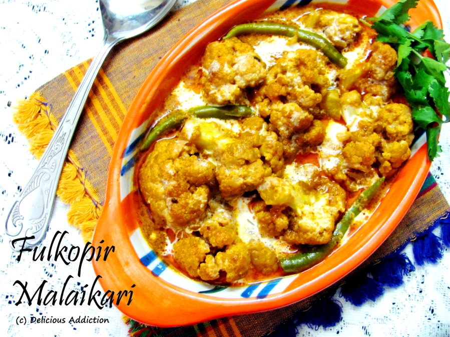 Fulkopir Malaikari (Cauliflower Cooked in Coconut Gravy)