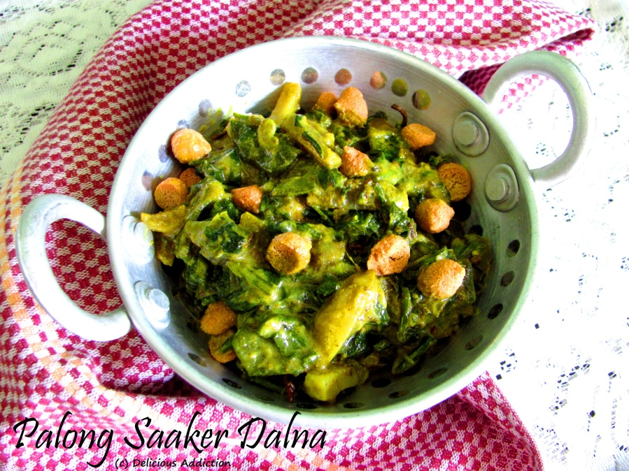 Palong Saaker Dalna (Bengali Style Spinach Curry withVegetables)