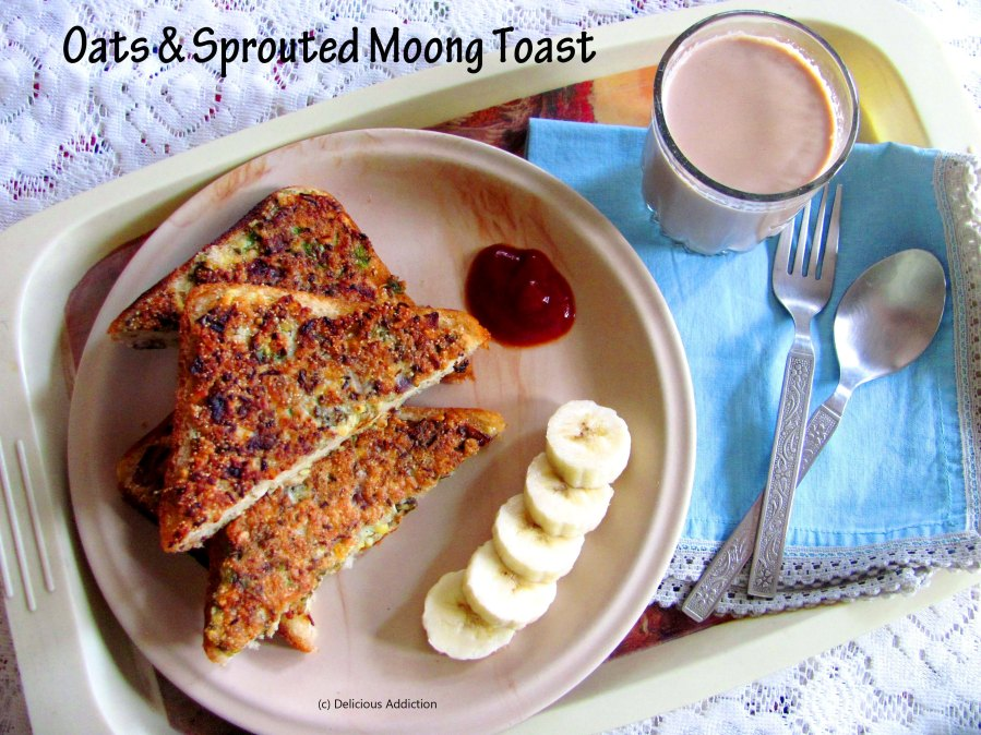 Oats and Sprouted Moong Toast