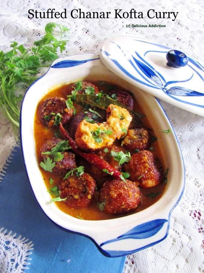 Stuffed Chanar Kofta Curry (Stuffed Cottage CheeseCurry)