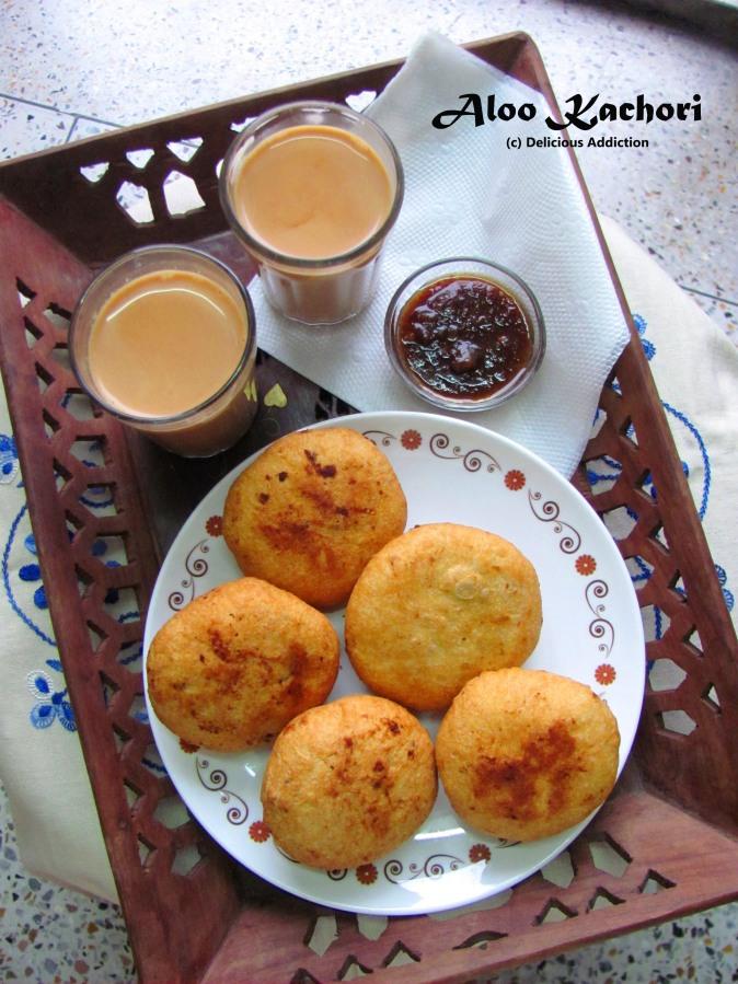 Aloo Kachori (Potato Stuffed Savory Indian HandPies)