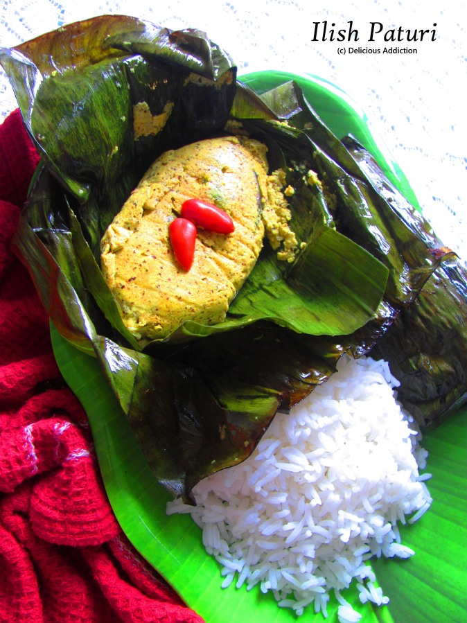 Ilish Paturi (Hilsa Fish cooked in Banana LeafParcel)
