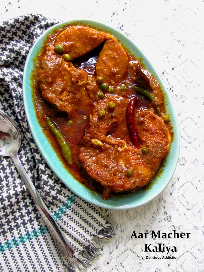 Aar Macher Kaliya (Spicy Long Whiskered Catfish Curry)